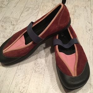 EARTH Kalso Mary Jane Shoes Intrigue Wine Slip On